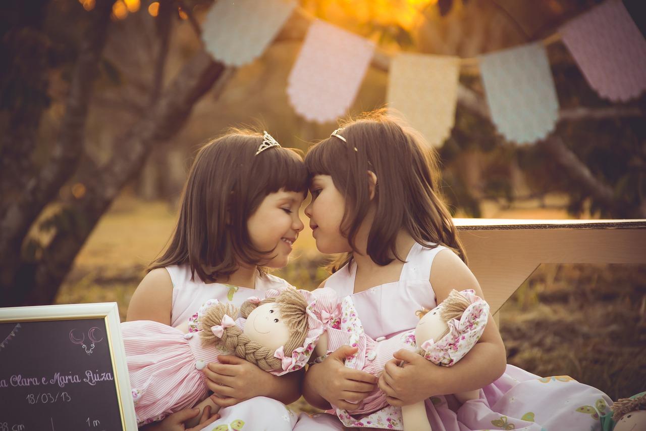 Różne pomysły na wózki dla bliźniaków